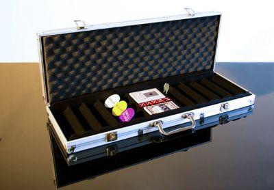Alumínium bőrönd 500 ks zsetonra tartozékkal